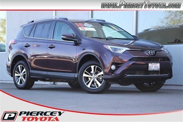 Image 2018 Toyota Rav4 XLE