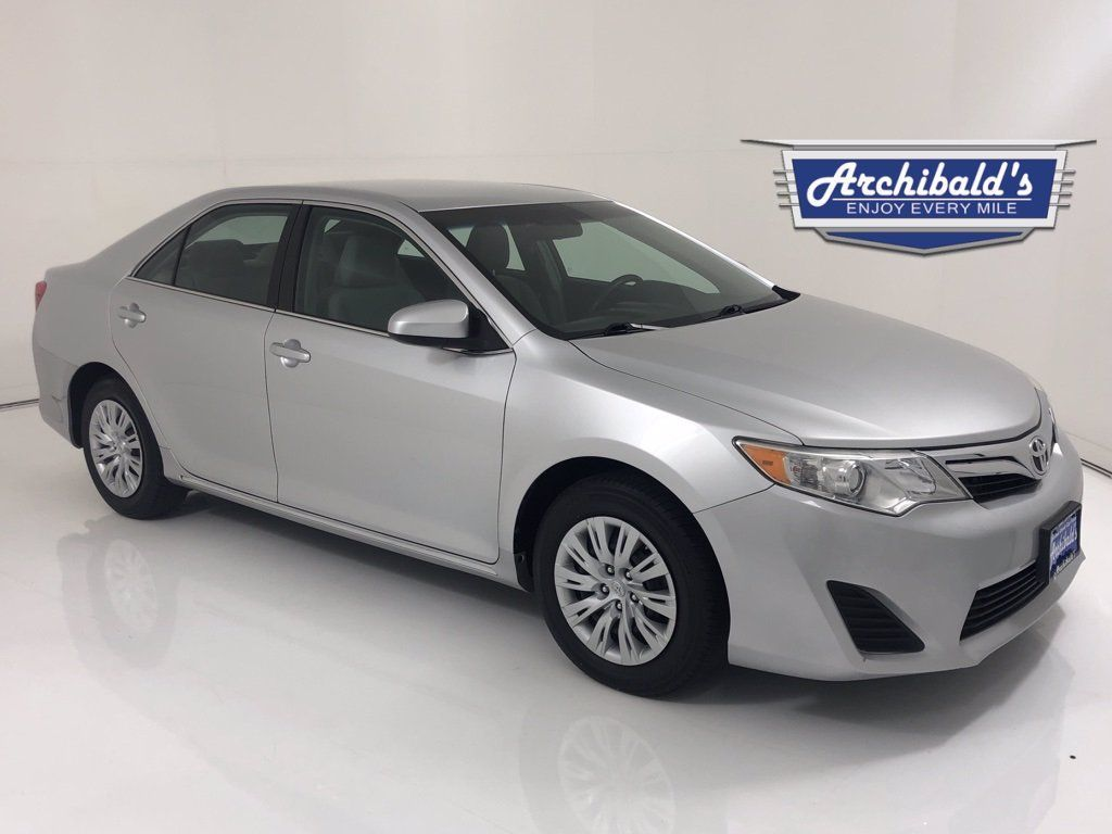 Image 2013 Toyota Camry Le