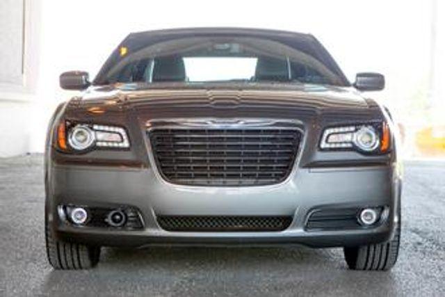 Image 2012 Chrysler 300 Limited