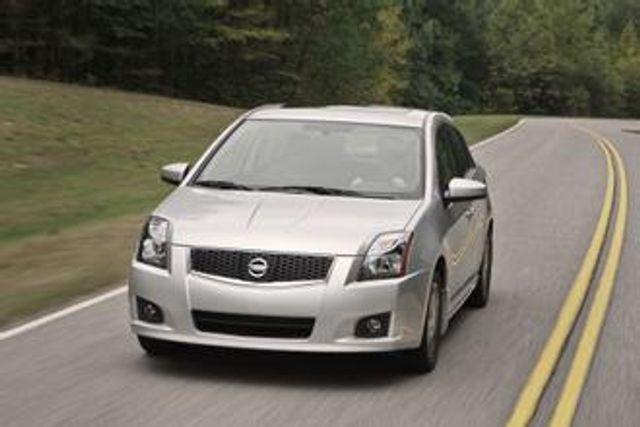 Image 2012 Nissan Sentra 2.0 S