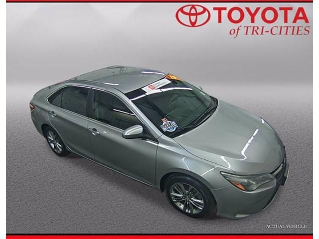 Image 2015 Toyota Camry 4-DOOR SE SEDAN