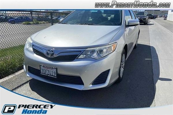 Image 2014 Toyota Camry LE