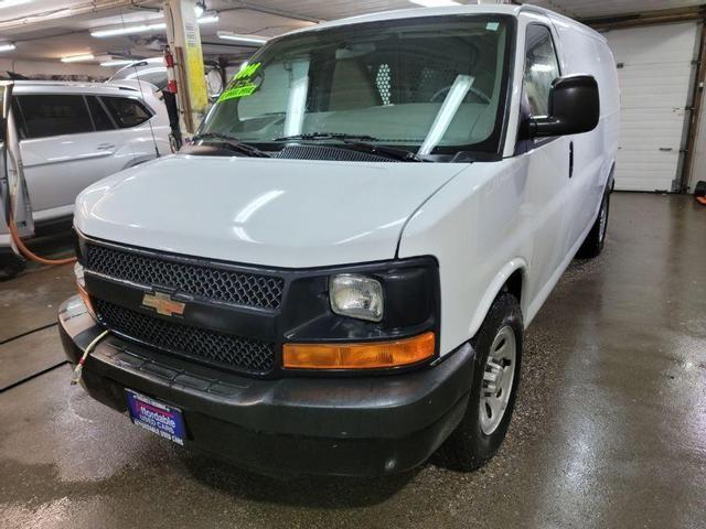 Image 2014 Chevrolet Express 1500 Work Van