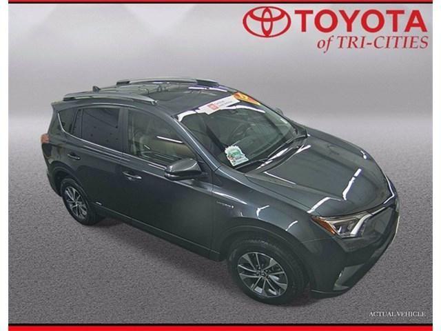 Image 2017 Toyota Rav4 hybrid XLE AWD SUV
