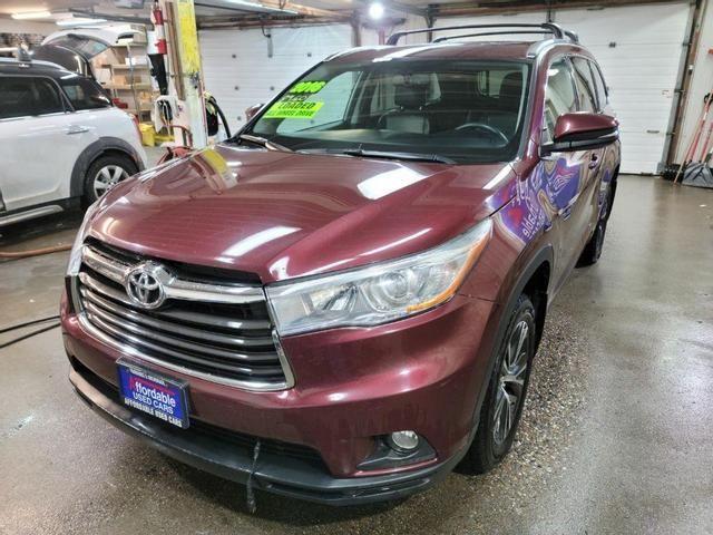 Image 2016 Toyota Highlander XLE