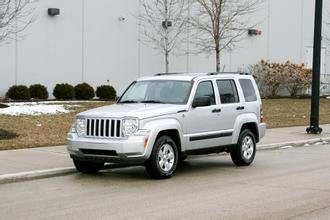 Image 2012 Jeep Liberty Sport