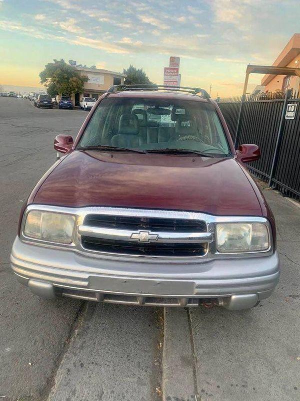 Image 2002 Chevrolet Tracker