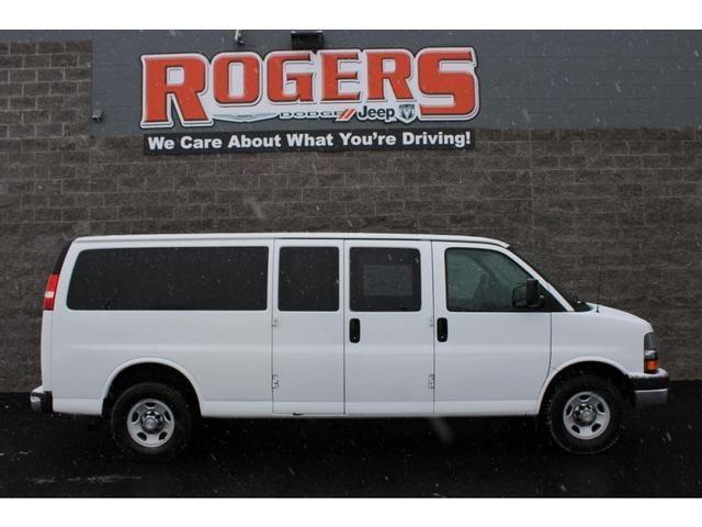 Image 2014 Chevrolet Express 3500 LT